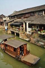 中国の船のある風景