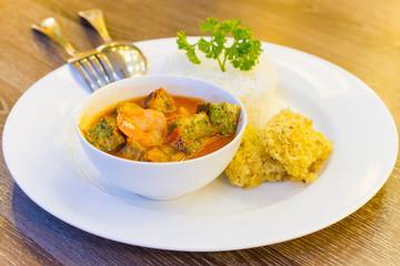 Kaeng Som Cha oom Kung - Thai Spicy Soup