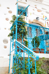Fototapete - Treppengeländer aus Metall im griechischen Stil