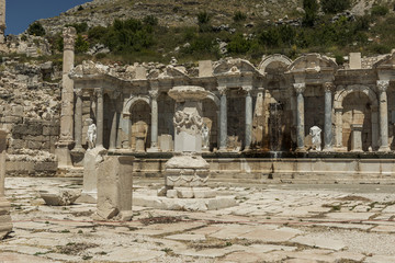 Photo sur Aluminium Pays d Europe Antonine Nymphaeum at Sagalassos, Turkey