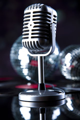 Microphone, Disco Ball