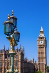 Fototapete - antike Straßenlaterne auf der Westminsterbrücke mit dem Big Ben