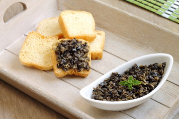 Black olives and capers tapenade spread