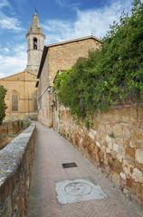 Fototapete - Church in Pienza, Tuscany, Italy.