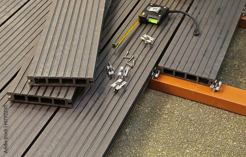 terrasse en plancher composite photo libre de droits sur la banque d 39 images. Black Bedroom Furniture Sets. Home Design Ideas