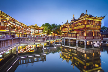 Wall Murals Shanghai Yuyuan Gardens in Shanghai, China