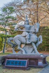 福井城跡の結城秀康公の像