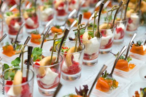 Закуски на шведский стол фото
