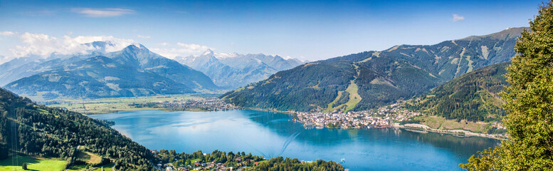 Wall Mural - Panoramic view of Zell am See, Salzburger Land, Austria