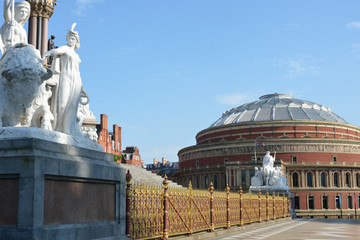 Statues and fence of memorial overlooking Albert Hall