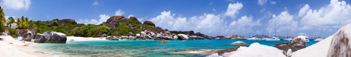 Poster Caraïben Beautiful tropical beach at Caribbean