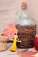 Autocollant pour porte Pique-nique still-life with straw dolls
