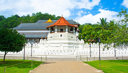 Foto auf AluDibond Tempel Temple Of The Sacred Tooth Relic