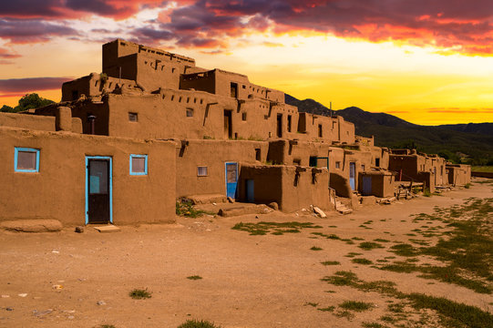 Adobe Houses in the Pueblo of Taos, New Mexico, USA.