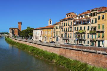 Fototapete - Arno River in Pisa, Italy