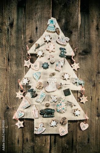 weihnachten dekorieren mit naturmaterialien weihachtsbaum stockfotos und lizenzfreie bilder. Black Bedroom Furniture Sets. Home Design Ideas