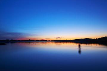 Jezioro Rotcze po zachodzie słońca