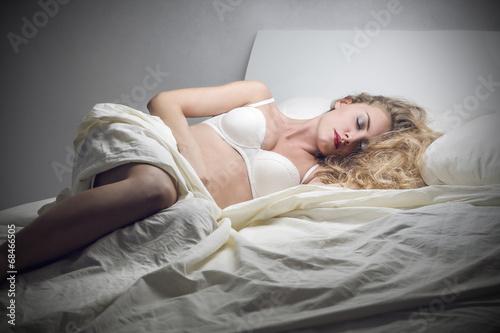 фото спяших в нижнем билье