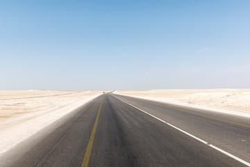 Highway in Oman desert (Oman)
