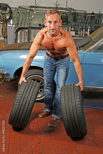 Beim mechaniker