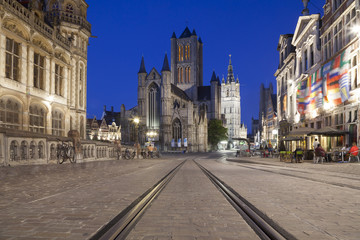 Fototapete - Saint Nicholas Church and Belfry of Ghent