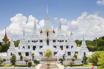 important lanmark pagoda of wat asokaram temple in samutprakarn