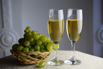 Wine glass, with white wine