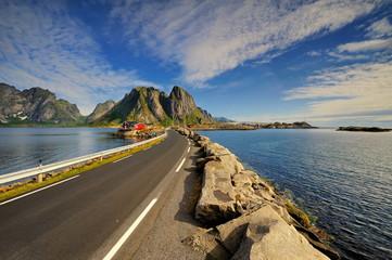 Wall Mural - Norwegia, Lofoty, piękny krajobraz