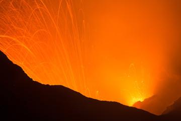 Volcano Yasur Eruption Fototapete