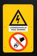 Hochspannungsschild in den Niederlanden