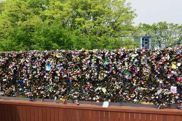 Ture Love wall