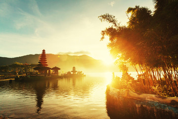 Foto op Canvas Indonesië Ulun Danu