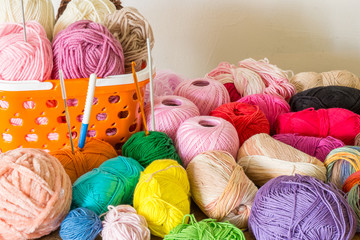 The decorative yarn for hand knitting