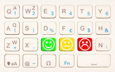 smileys sur touches de clavier
