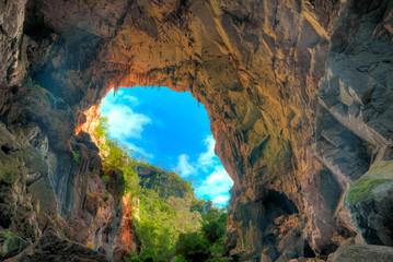 Caves in Australia