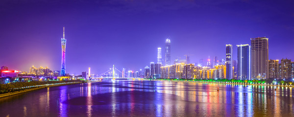 Spoed Fotobehang China Guangzhou, China Panorama Skyline on the Pearl River