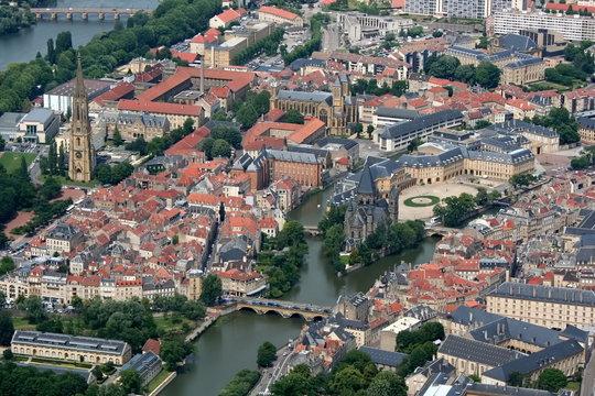 Vue aérienne de la ville de Metz - Moselle - France