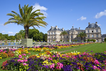 Luxembourg Palace in Jardin du Luxembourg in Paris Fototapete