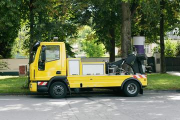 parkender Abschleppdienst - Wagen