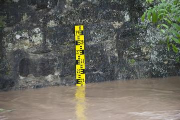 Hochwasser mit Pedelstandsmesser