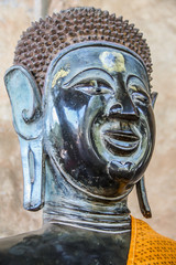 head of bronze Buddha image