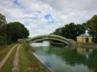 Pipeline über dem Isarkanal