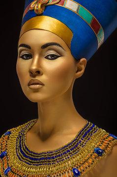 Beauty shot in Egyptian style