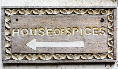 House of spices sign