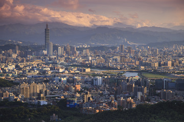 Overlooking The view of The Taipei city