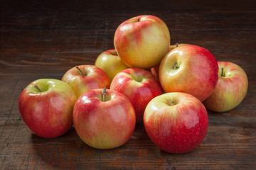 fresh apples on the old table