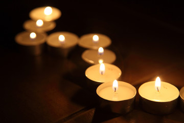Candles lines