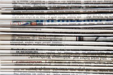 Hintergrund aus Zeitungen