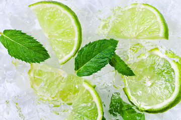 lime slices and peppermint