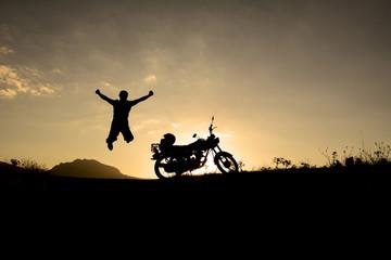motorsiket ile hayattan zevk almak
